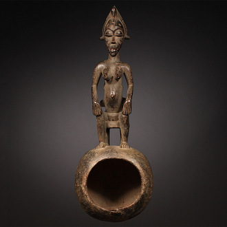 Ceremonial spoon with Maternity Figure